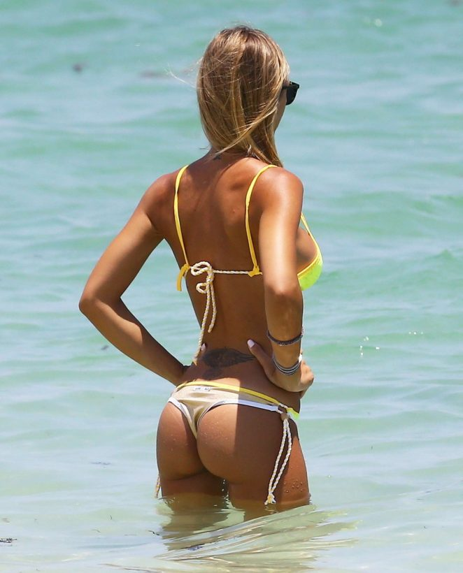 Laura Cremaschi - Hot In a bikini in Miami