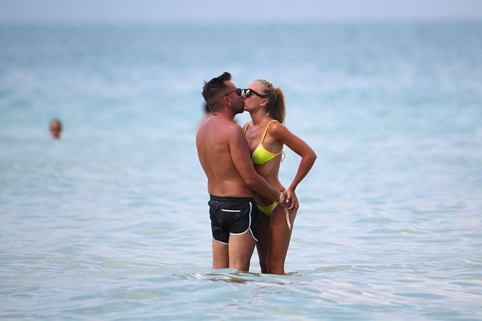 Laura Cremaschi 2016 : Laura Cremaschi: Hot In a bikini in Miami-13
