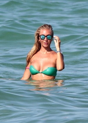 Laura Cremaschi in Green Bikini -07