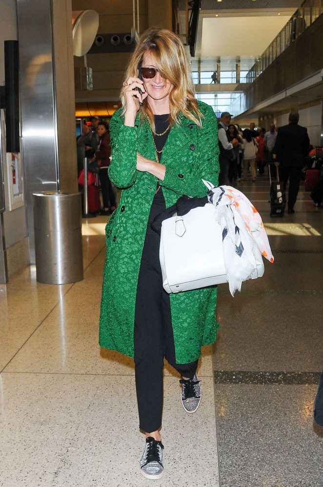 Laura Dern - Arrives at LAX Airport in Los Angeles
