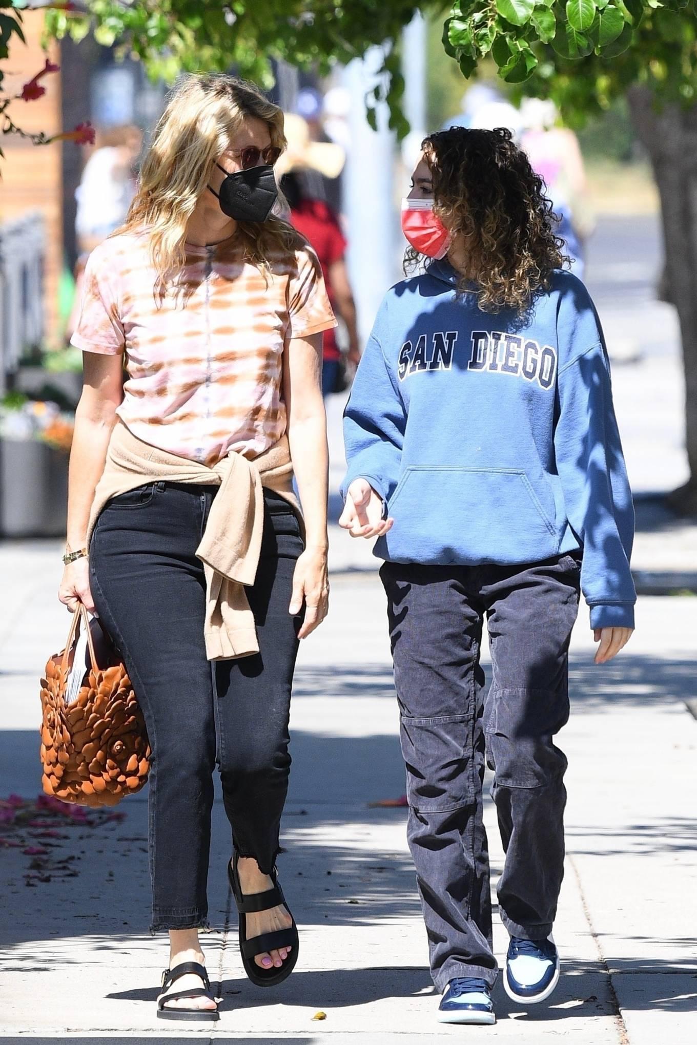 Laura Dern 2021 : Laura Dern – Running errands with daughter Jaya Harper in Brentwood-03