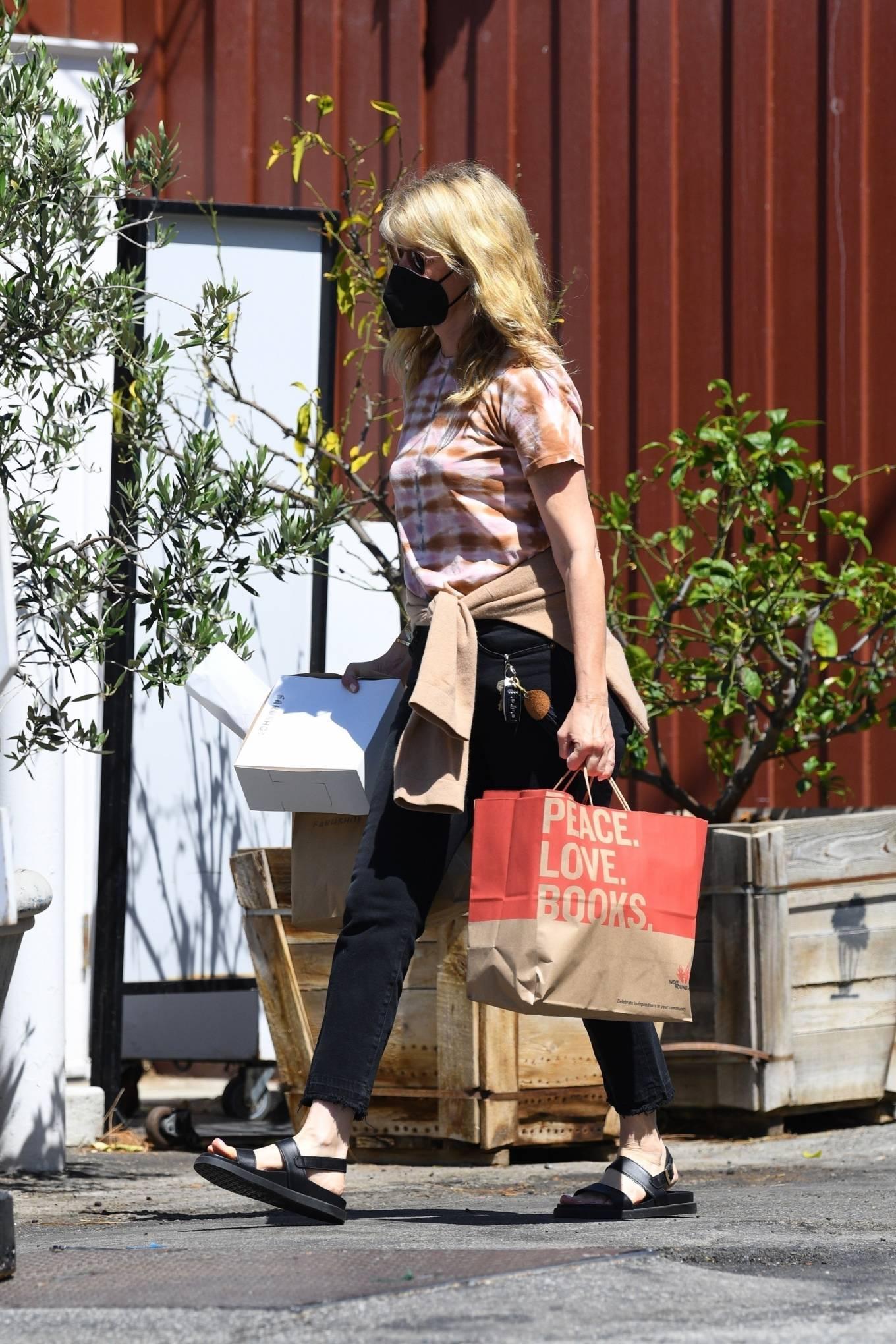 Laura Dern 2021 : Laura Dern – Running errands with daughter Jaya Harper in Brentwood-12