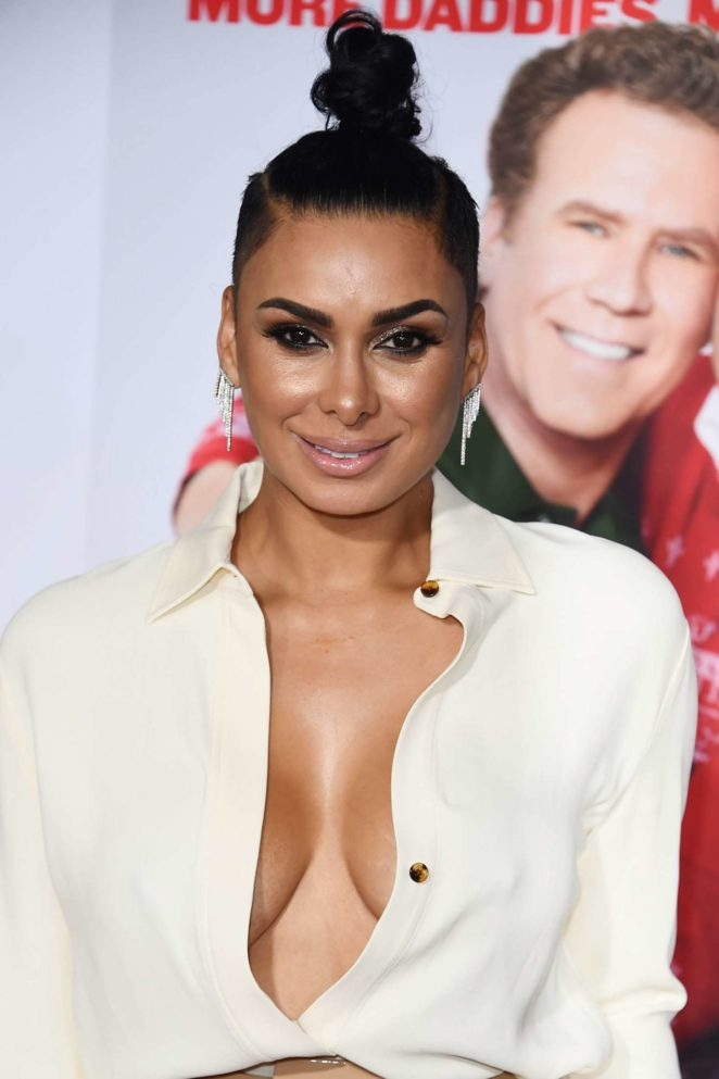 Laura Govan - 'Daddy's Home 2' Premiere in Los Angeles