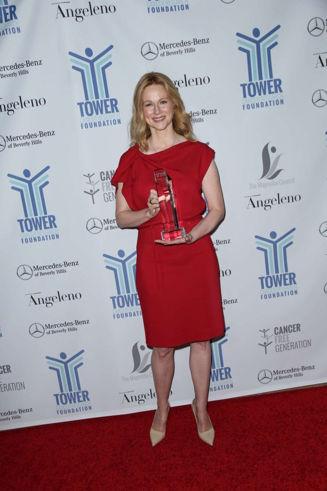 Laura Linney: Tower Cancer Research Foundations Tower Of Hope Gala -08