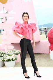 Laura Marano Marc Jacobs Daisy Love So Sweet Fragrance Popup