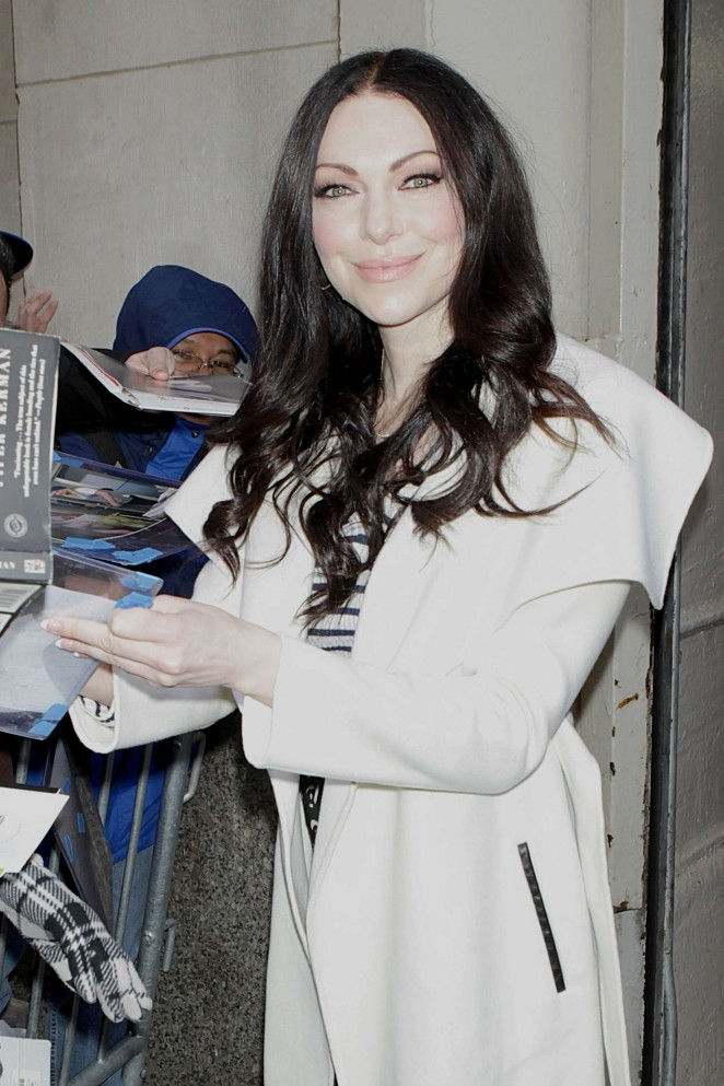 Laura Prepon greets her fans signing autographs in New York City