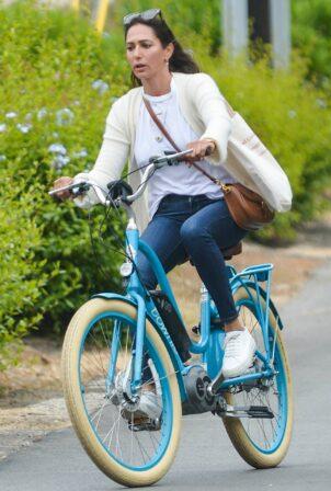 Laura Silverman - bike ride around Montecito