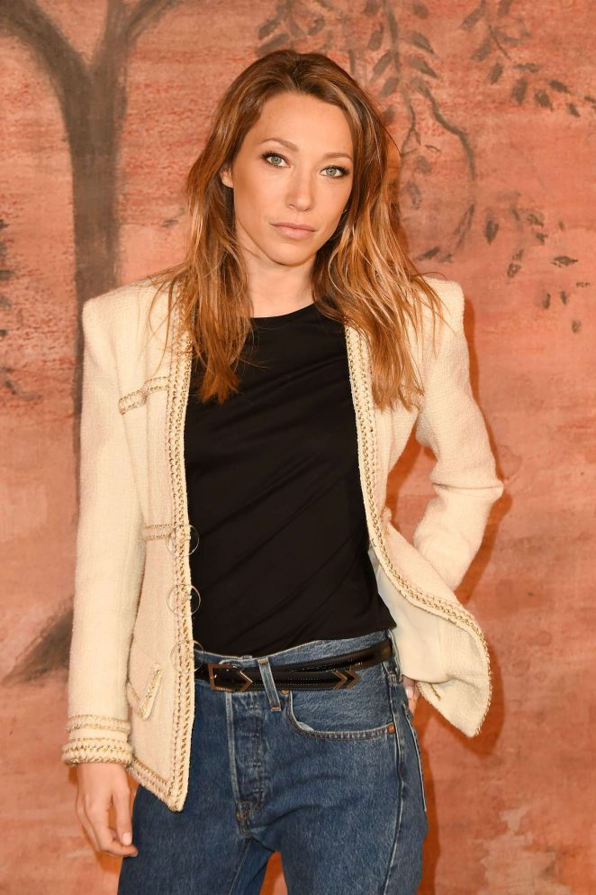 Laura Smet - Chanel Cruise Collection in Paris