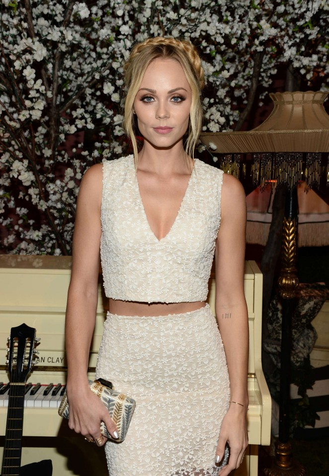 Laura Vandervoort – Alice + Olivia Fashion Show 2016 in Los Angeles