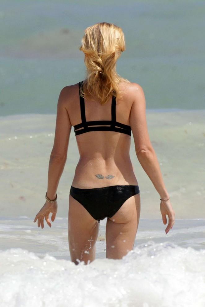 Laura Vandervoort in Black Bikini 2016 -16 - GotCeleb
