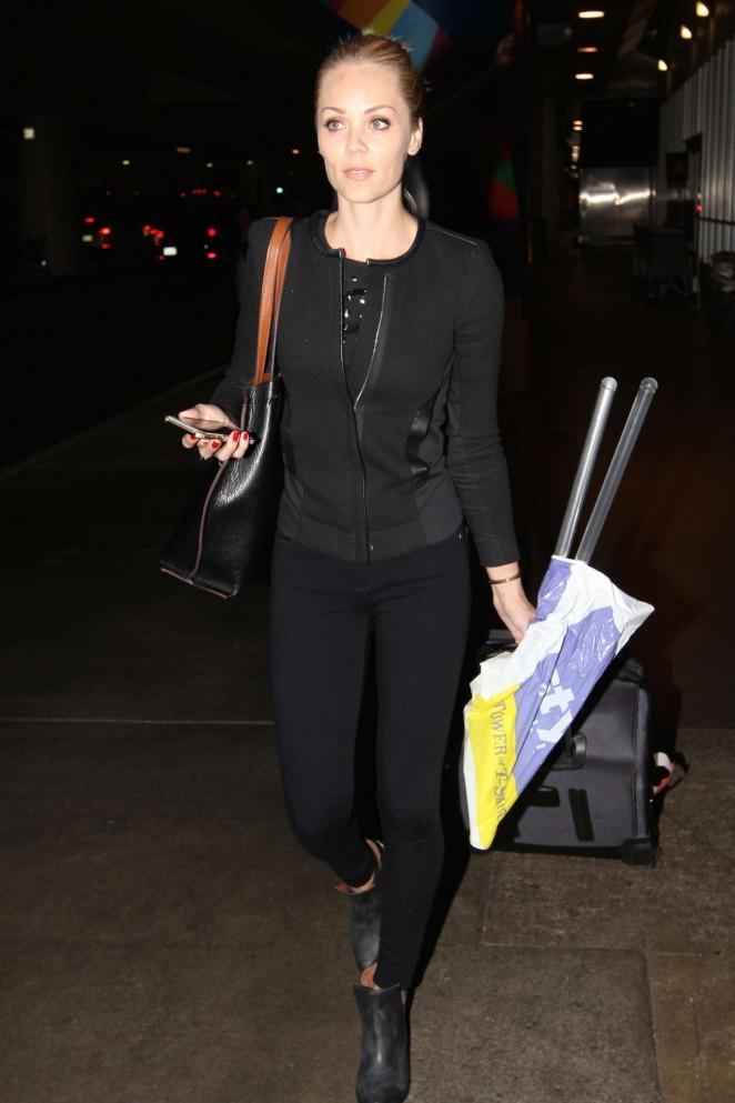 Laura Vandervoort - LAX airport in LA