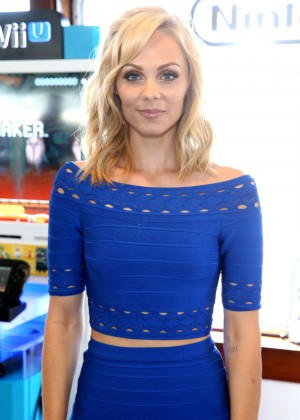 Laura Vandervoort - Nintendo Lounge on the TV Guide Yacht at Comic-Con