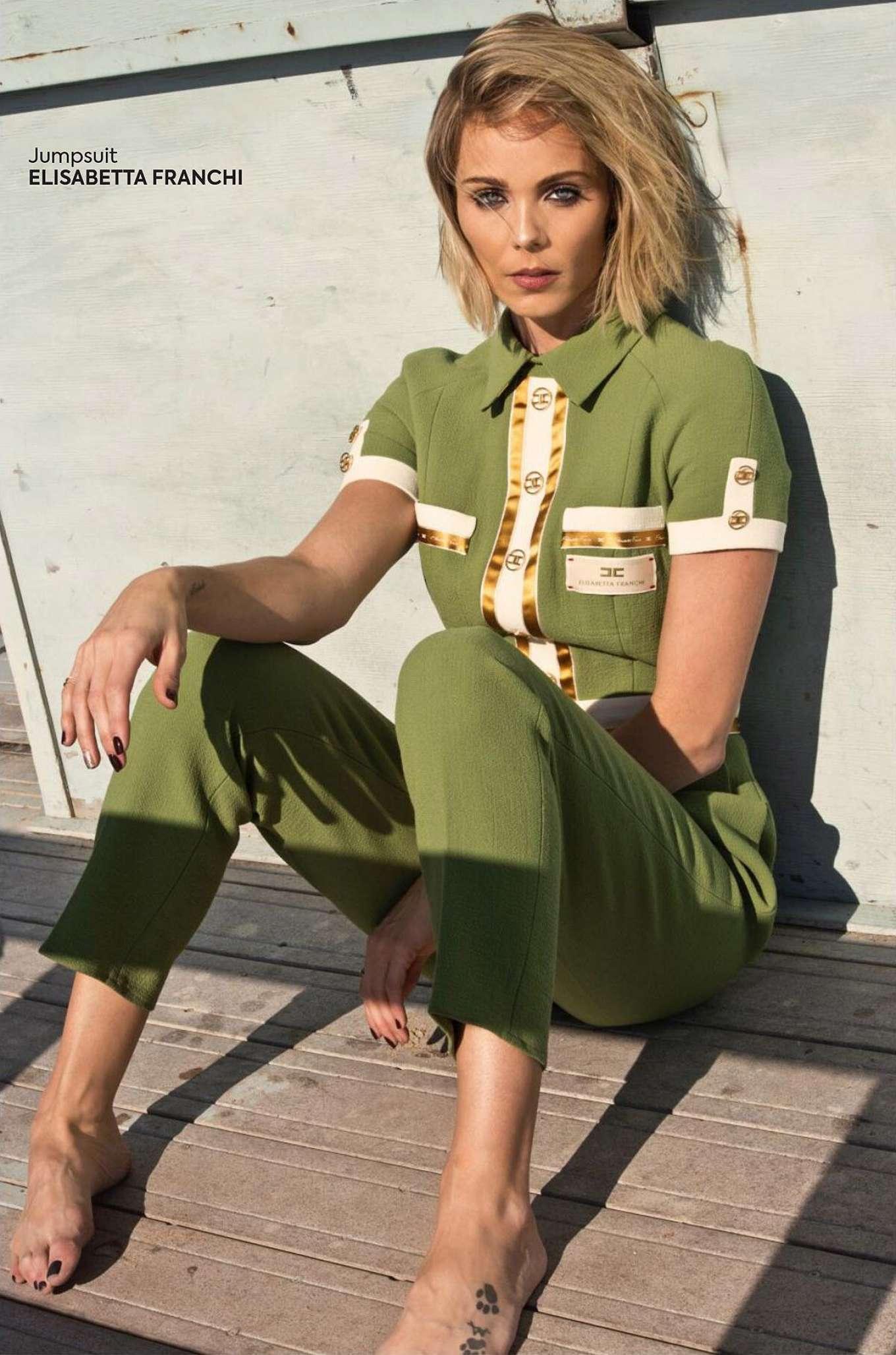 Laura Vandervoort 2020 : Laura Vandervoort – QP Magazine 2019-03
