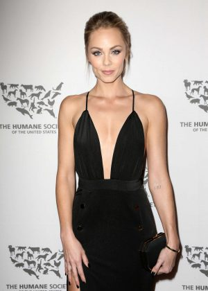 Laura Vandervoort - The Humane Society Of The United States To The Rescue Gala in Hollywood