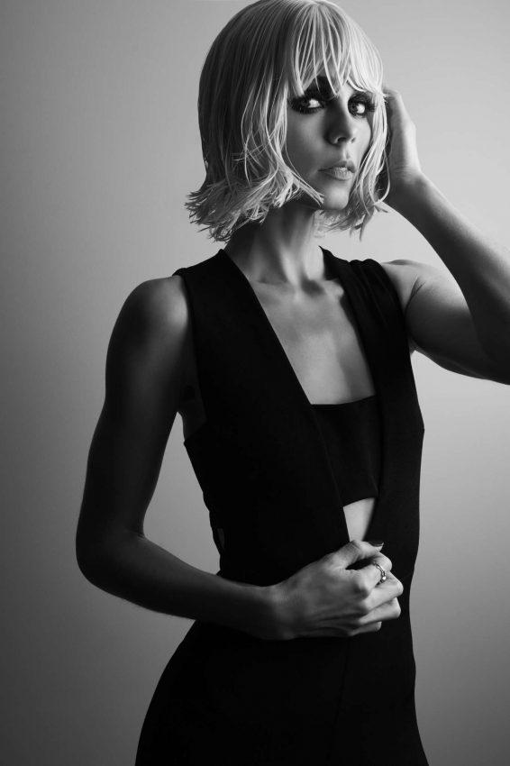 Laura Vandervoort - Vitalize Magazine (Spring 2019)