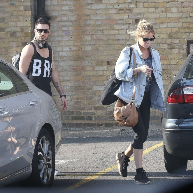 Laura Whitmore in Spandex -04