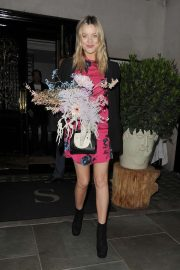 Laura Whitmore - Leaving Scotts Restaurant in Mayfair