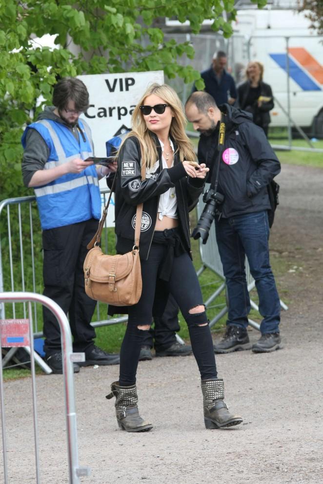 Laura Whitmore: Slane Castle Festival 2015 -23