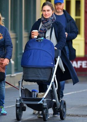 Lauren Bush - Taking a stroll in the New York