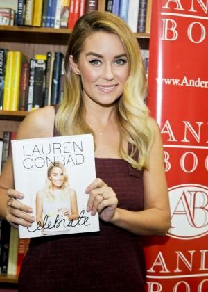 Lauren Conrad - Signs copies of 'Celebrate' at Anderson's Bookshop in LaGrange