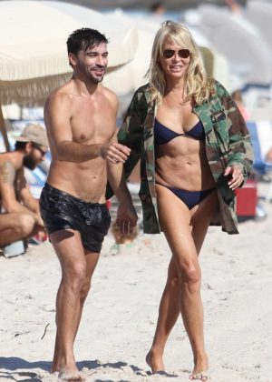 Lauren Foster and Fabricio Zunino on the beach iin Miami