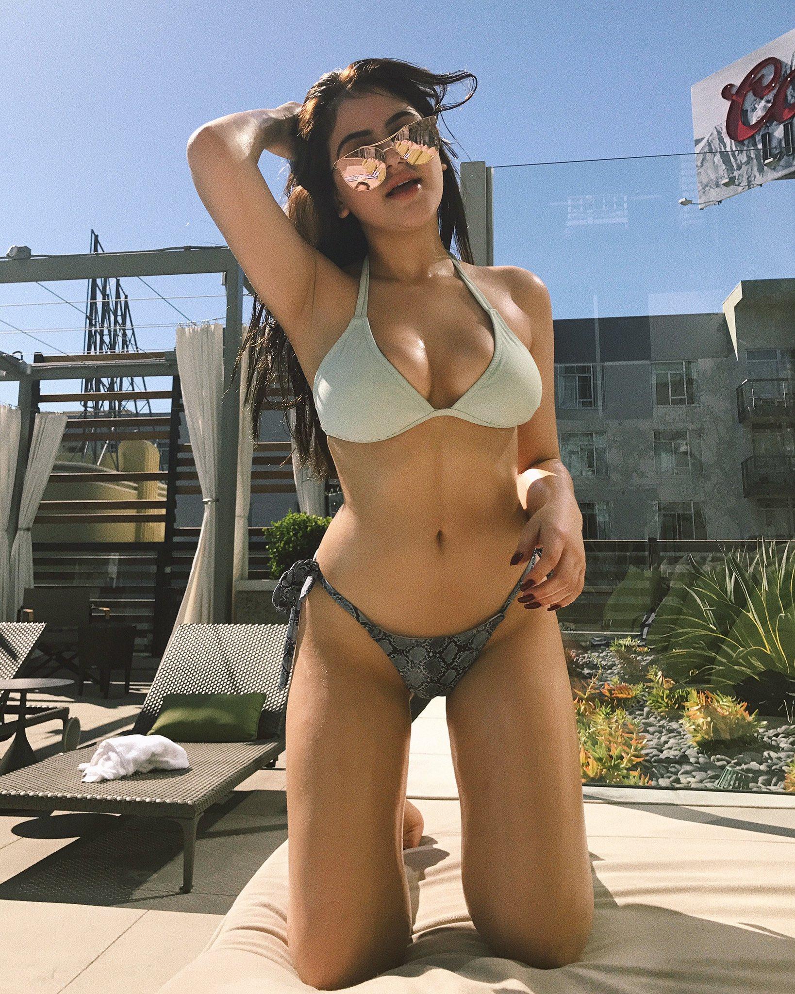 Lauren Giraldo Hot Social Media Pics -26