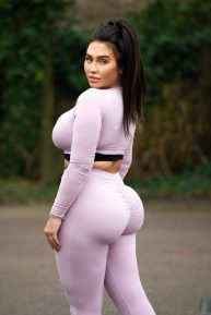 Lauren Goodger - Out for a morning walk in Essex