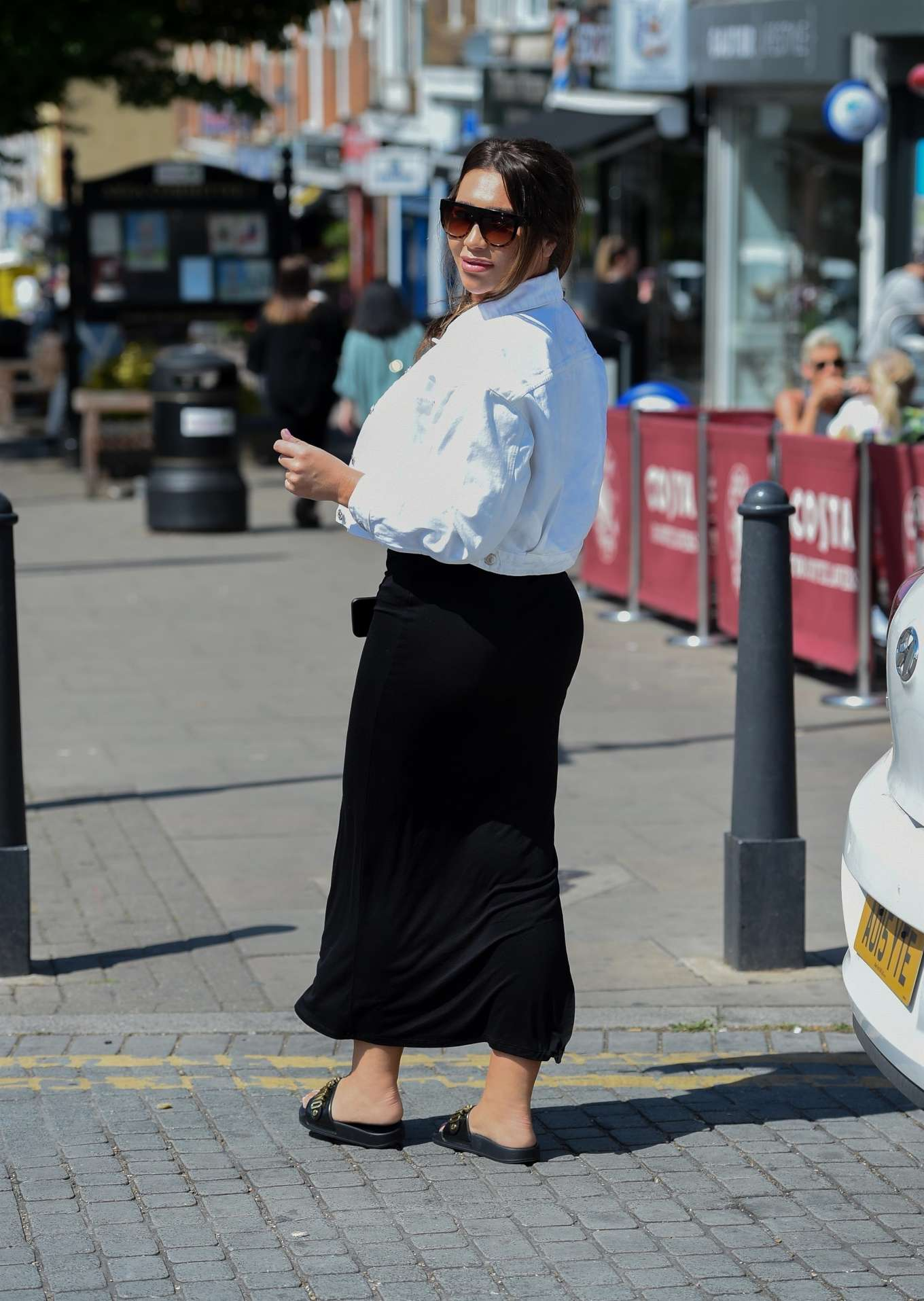 Lauren Goodger 2019 : Lauren Goodger: Shopping at Chigwell in Essex-06