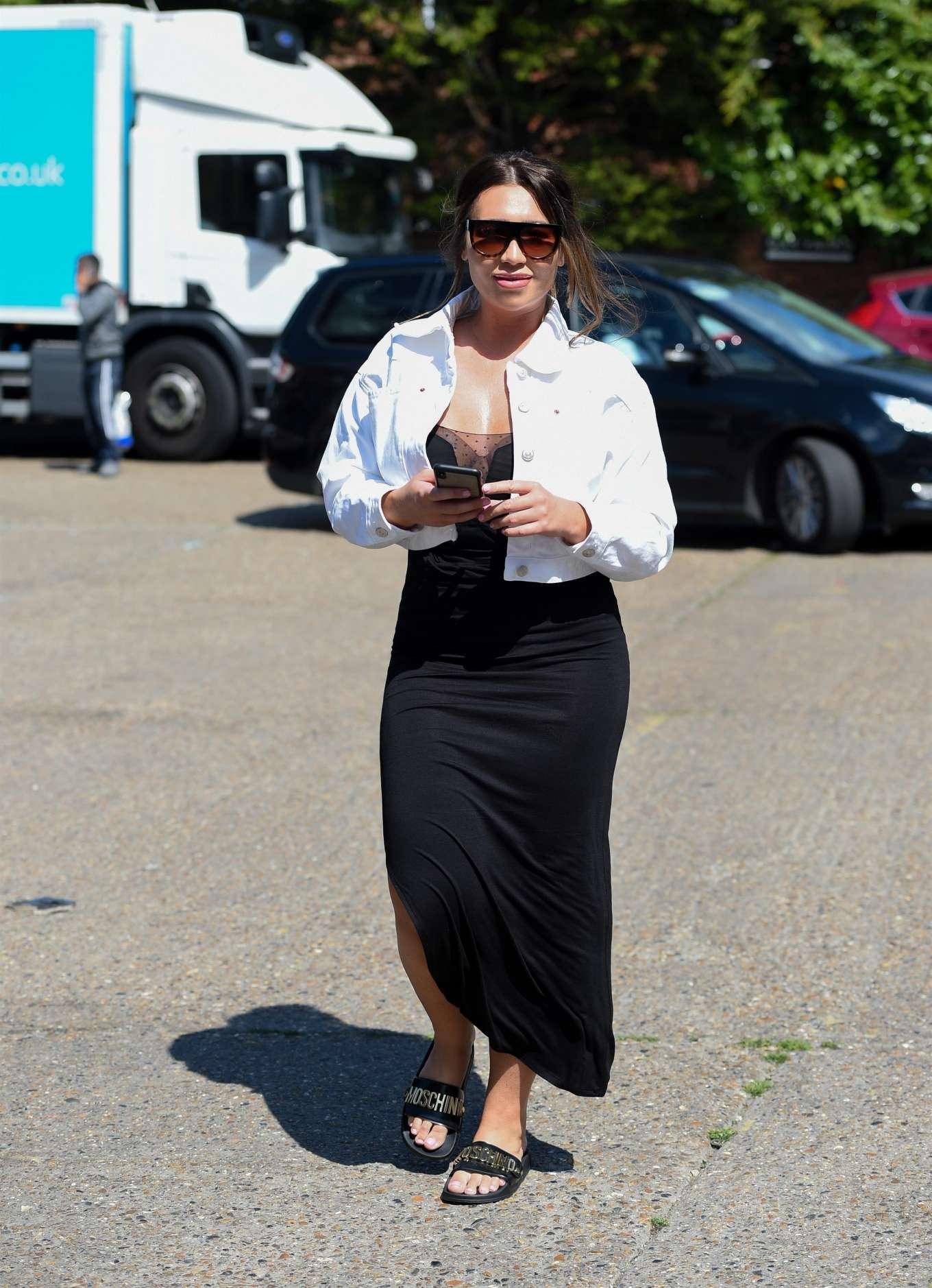 Lauren Goodger 2019 : Lauren Goodger: Shopping at Chigwell in Essex-12