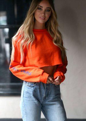 Lauren Pope - Arriving at Sugar Hut in Brentwood