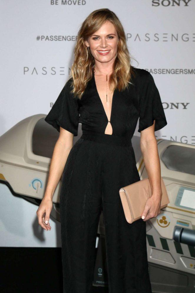 Lauren Shaw – 'Passengers' Premiere in Westwood