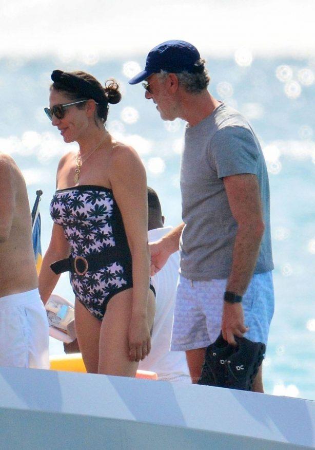 Lauren Silverman - Seen on a Yacht in Barbados