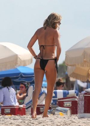 Lauren Stoner Hot in Bikini -24