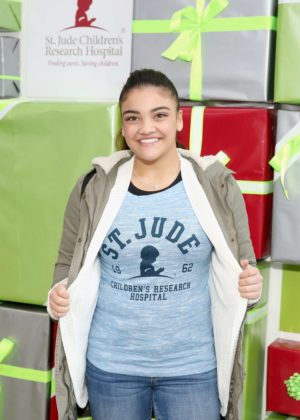 Laurie Hernandez - St. Jude Children's Research Hospital Hosts #GiveThanks Holiday Pop-Up in NY