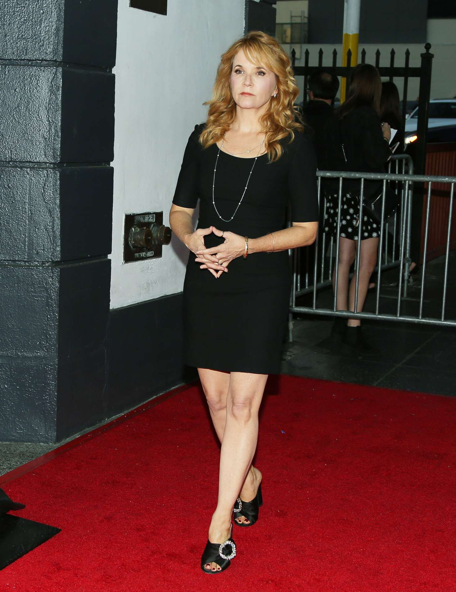 Lea Thompson 17th Annual Les Girls Cabaret 01 Gotceleb