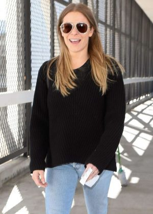 LeAnn Rimes - Arriving at LAX Airport in Los Angeles