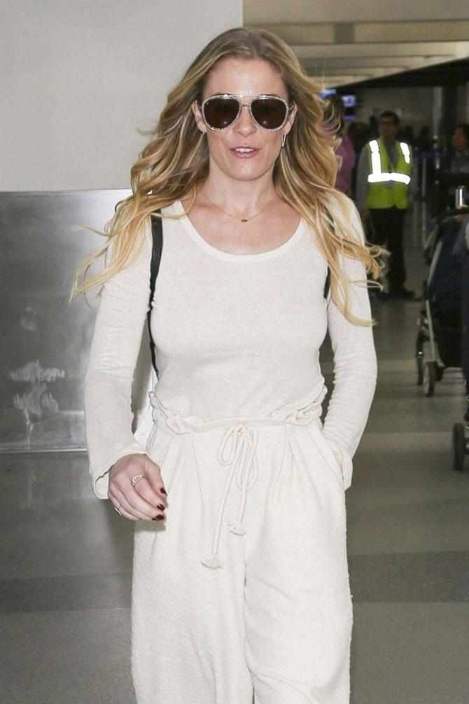 LeAnn Rimes at LAX International Airport in LA
