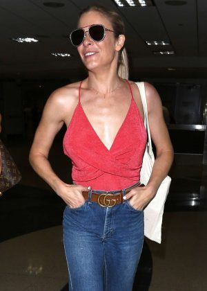 LeAnn Rimes in Jeans at LAX Airport in Los Angeles