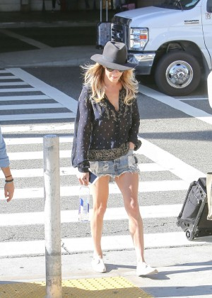 LeAnn Rimes in Jeans Skirt at LAX Airport in Los Angeles