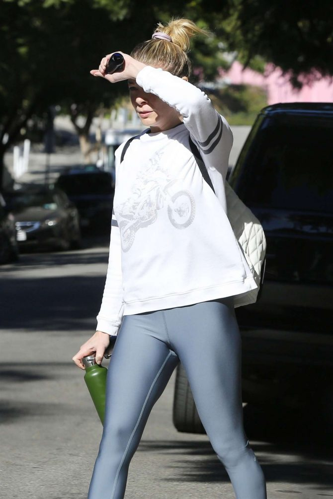 LeAnn Rimes in Tights – Out in West Hollywood