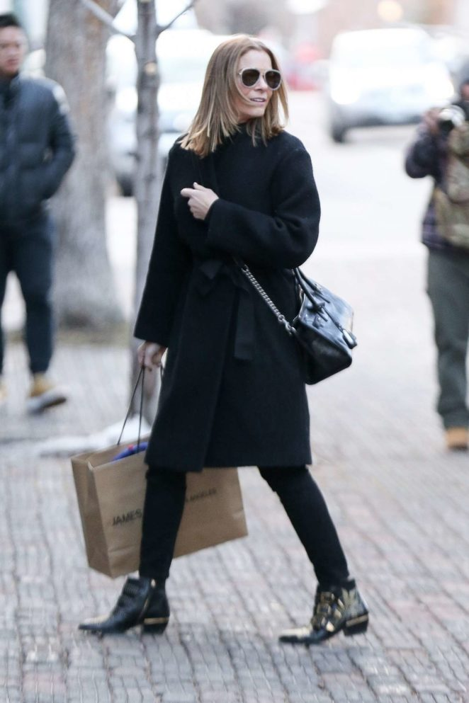 LeAnn Rimes - Out Shopping in Aspen