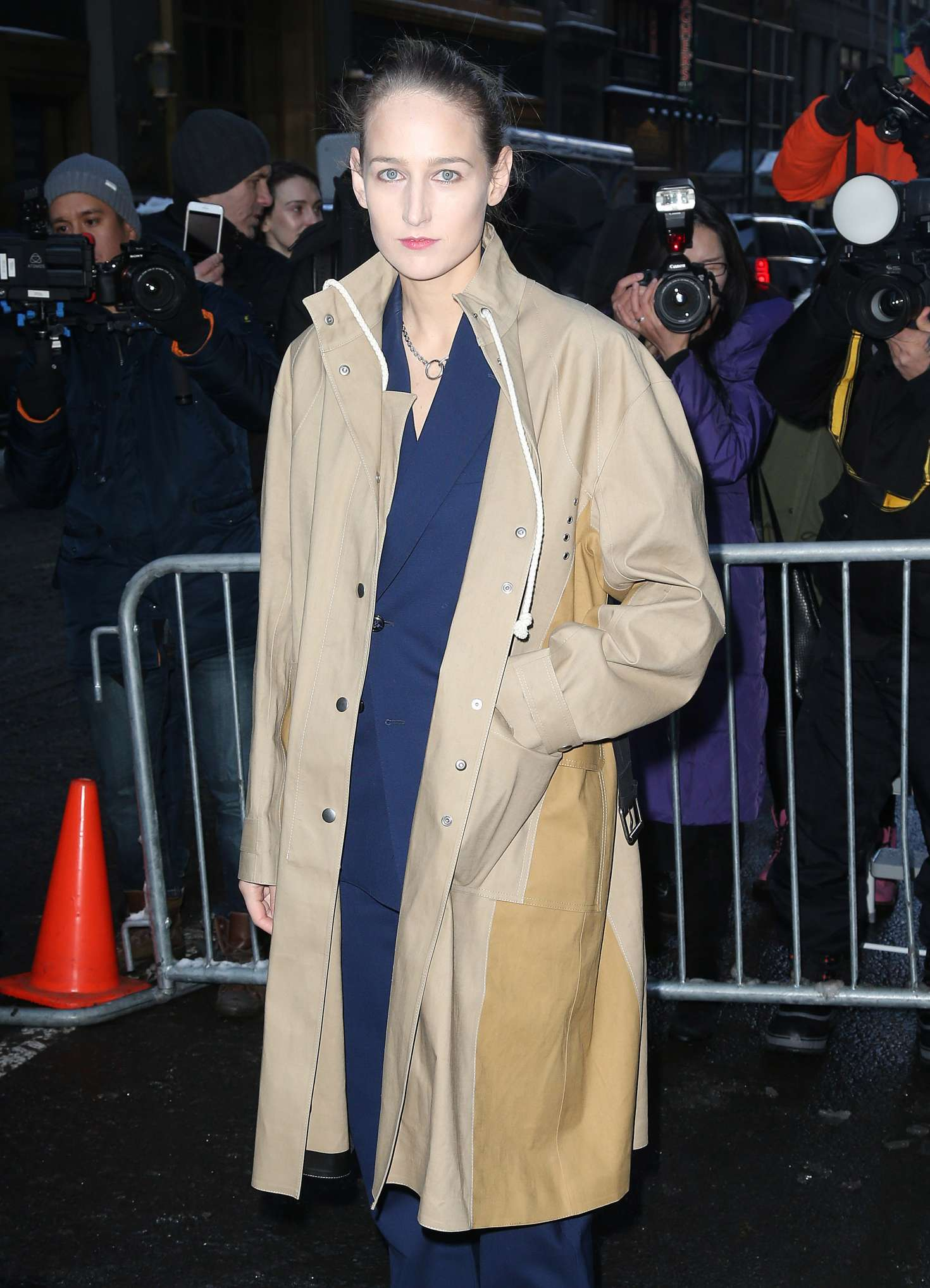 Leelee Sobieski - Arriving at the Calvin Klein Collection ...