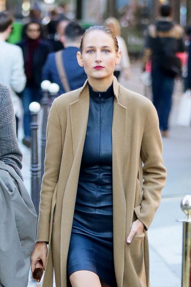 Leelee Sobieski out in Paris