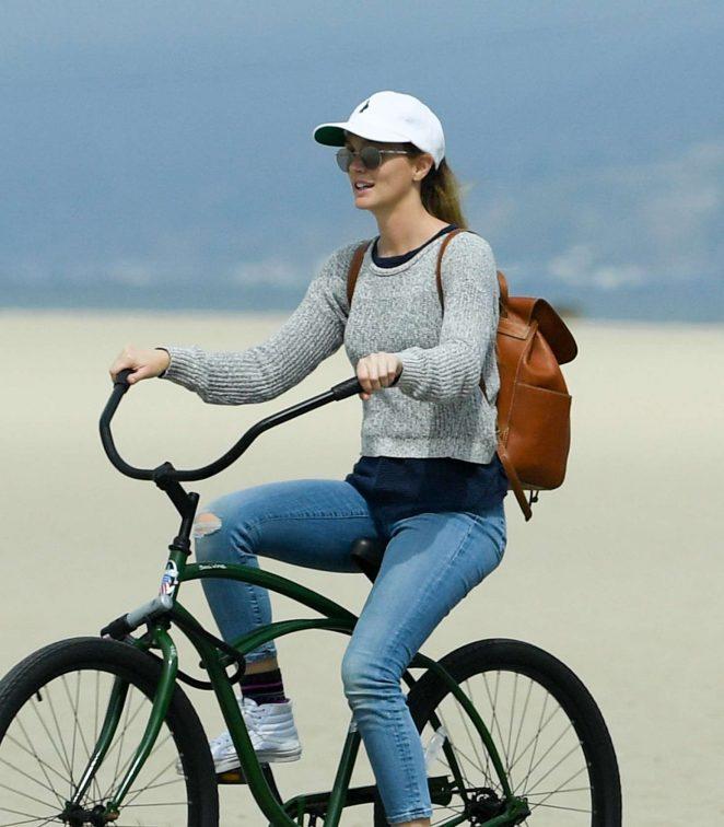 Leighton Meester - Bike Riding in LA