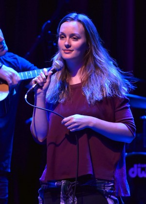 Leighton Meester - Performs at Hitsville USA in Detroit
