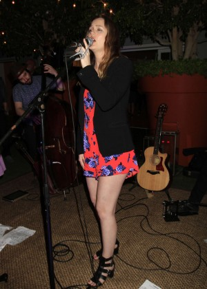 Leighton Meester - Performs at The Skybar in West Hollywood