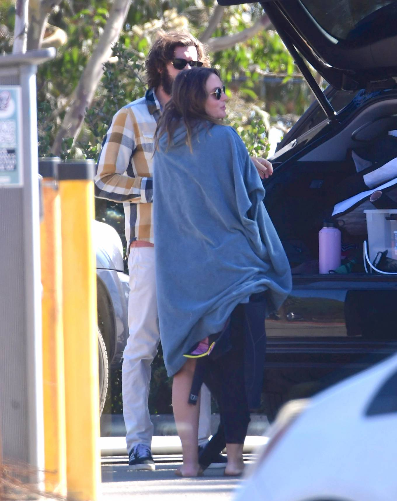 Leighton Meester 2020 : Leighton Meester with Adam Brody – Surfing session in New York-04