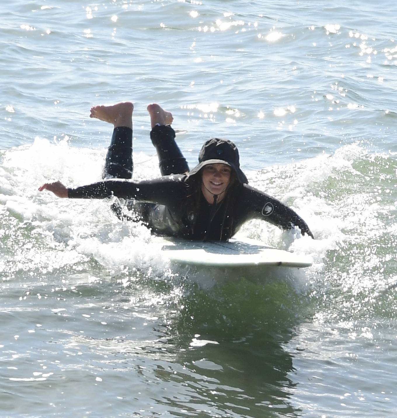 Leighton Meester 2020 : Leighton Meester with Adam Brody – Surfing session in New York-17