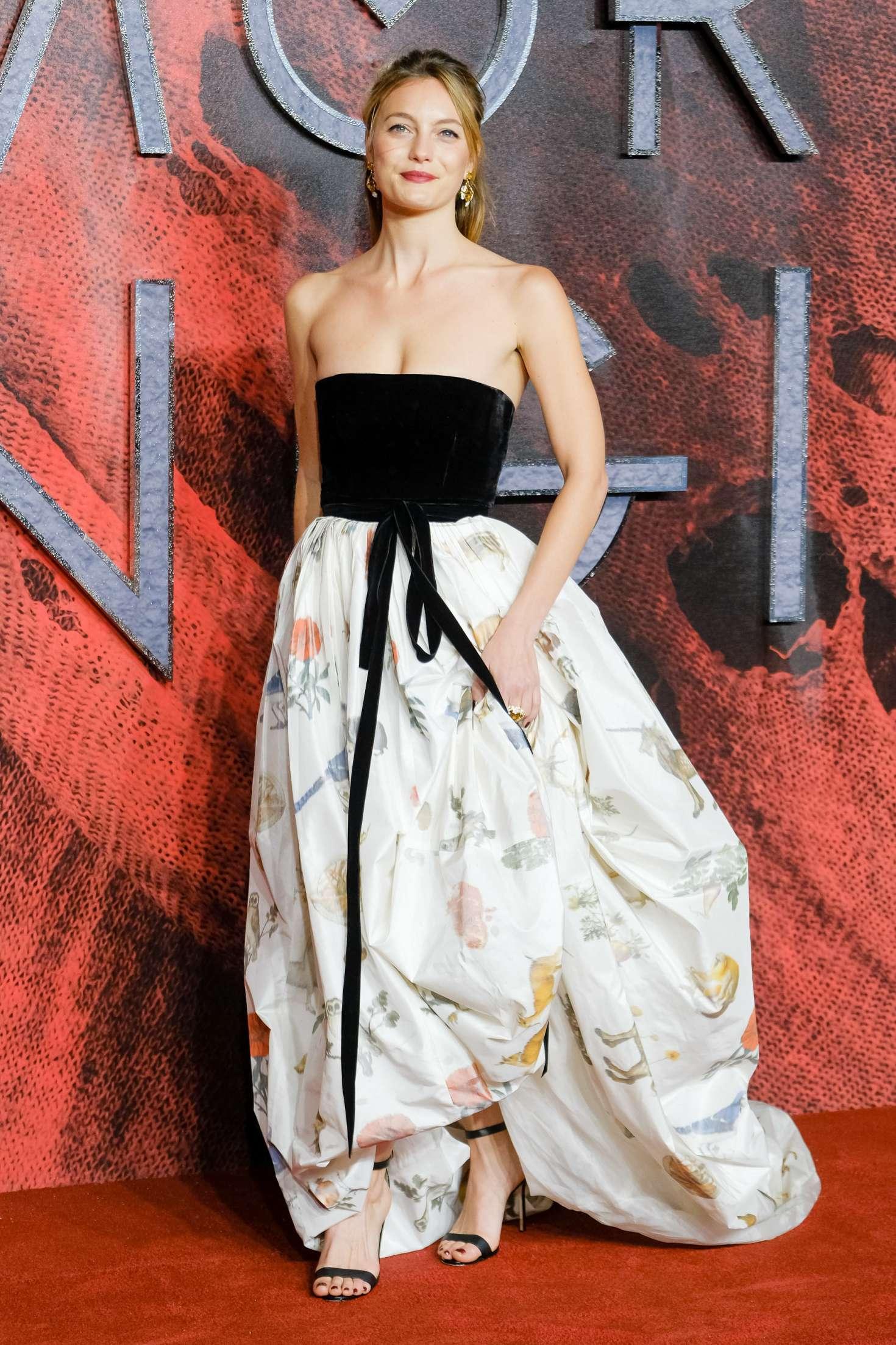 Leila George - 'Mortal Engines' Premiere in London