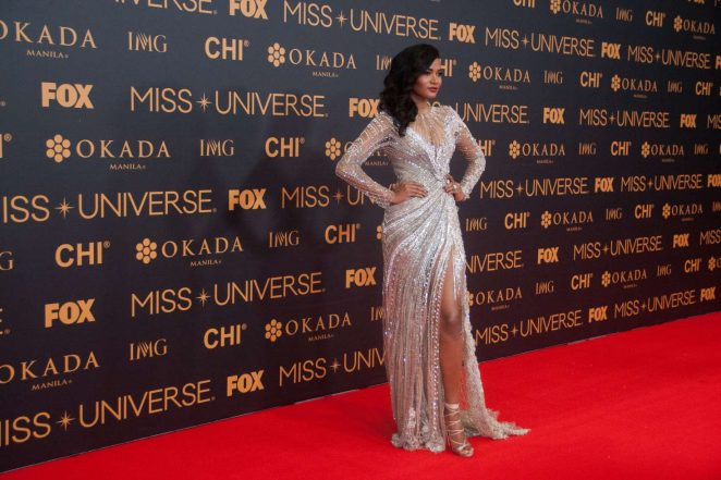 Leila Lopes – Miss Universe Red Carpet Presentation in Philippines